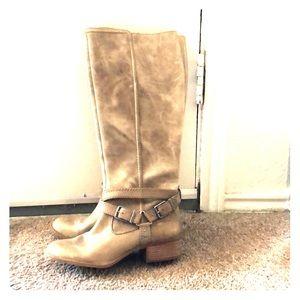 Rustic grey/cream boots